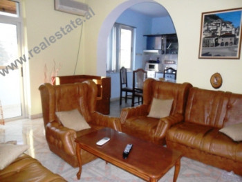Apartment for rent in Tirana. The apartment is situated on the 4th floor of an old building, with 1