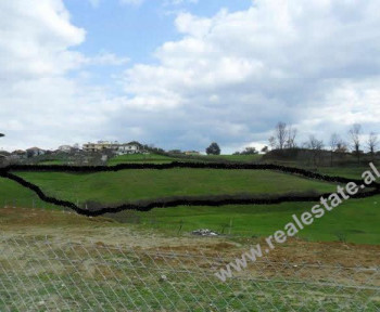Land for sale in Lunder Village in Tirana.