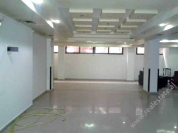 Space store for sale in Blloku area in Tirana. 