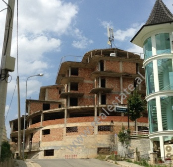 Unfinished building for rent in Linza Village , Tirana. The building is in Under construction at the