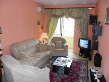 Apartment for rent at the beginning of Islam Alla Street. It is situated on the 8-th floor in the n