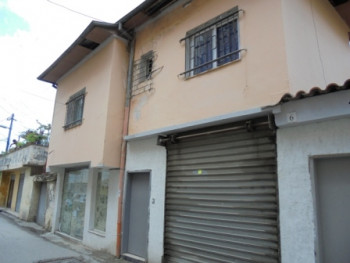 Building for sale near the Center of Tirana.The property lies on a plot of 91.1sqm.The land is explo