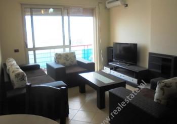 Apartament me qera ne rrugen Don Bosko ne Tirane.Pozicionohet ne katin e 6-te ne nje kompleks pallat