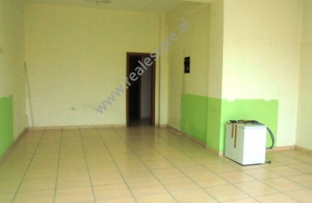 Store space for rent in the beginning of Bill Klinton street in Tirana.It is situated on the 2-nd fl