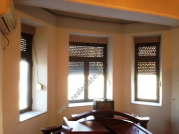 Office space for rent in Bajram Curri boulevard in Tirana.It is located on the 2nd floor in an exist