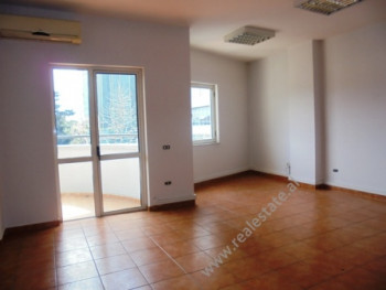 Office for rent in the Bllok area in Tirana. The apartment is positioned on the 3rd floor of a new