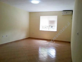 Apartment for office for rent at the beginning of Elbasani Street in Tirana.