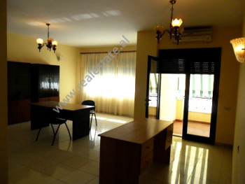 Apartment for office for rent near the Qemal Stafa Stadium in Tirana.