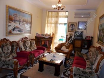 Apartament per shitje ne fillimin e rruges se Kavajes ne Tirane. Ndodhet ne katin e 12-te ne nje pa