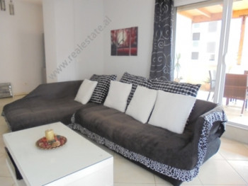 Apartament 2+1 per shitje ne rrugen Don Bosko ne Tirane. Apartamenti pozicionohet ne katin e 5-te t