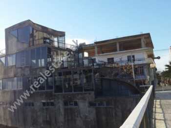 4-Storey Building for sale in Shetitorja e Palmave Street in Lushnje. It is located on the side of