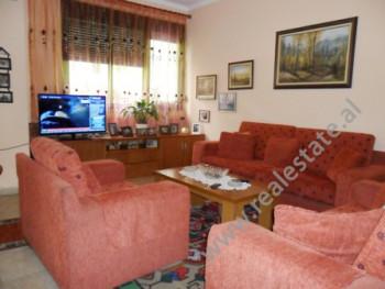 Apartament per shitje disa metra larg rruges Asim Vokshi ne Tirane. Ndodhet ne katin e 3-te ne nje