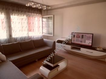 Apartament 2+1 per shitje ne rrugen Selita e Vjeter ne Tirane. Apartamenti ndodhet ne kati e 2-te b