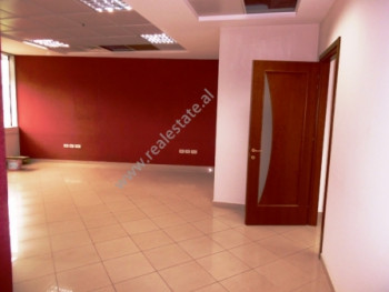 Office space for rent in Murat Toptani Street in Tirana.