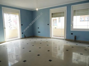 Office for rent close to Pazari Ri area in Tirana. It is situated on the 2-nd floor of a 5-storey b