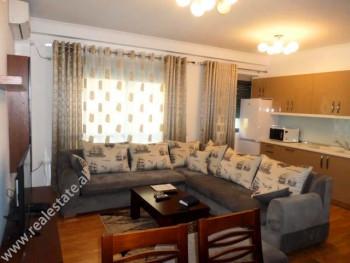Apartament 2+1 me qera prane Rezidences Kodra e Diellit ne Tirane. Jane 3 apartamente identike per