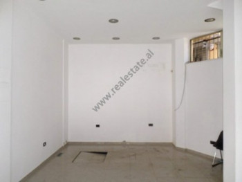 Store for rent in Barrikadave street close with Sami Frasheri school in Tirana.