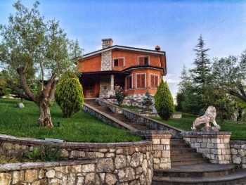 Three storey villa for rent in the Peze Helmes village in Tirana.