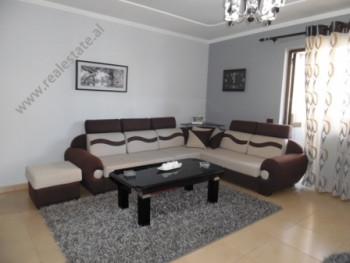Apartament per shitje prane rruges Pjeter Budi ne Tirane. Apartamenti ndodhet ne katin e katert te