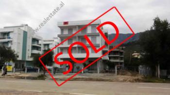 Apartamente 2+1 dhe 1+1 per shitje ne bregdetin e bukur te Radhimes.  Aktualisht jane 2 pallate te