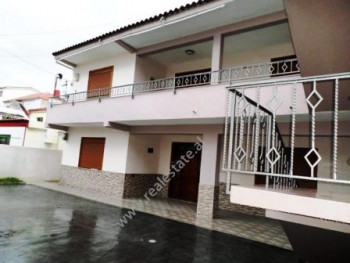 Villa for rent in Albanopoli street in Tirana. The villa has an inner surface of 230 m2 organized i