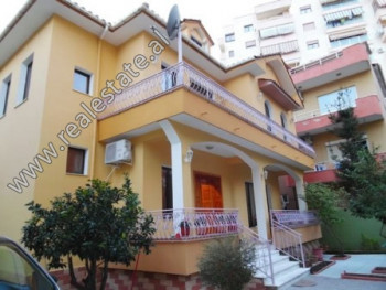 Two storey villa for sale close to Dinamo Complex in Tirana. The villa offers land surface of 140 m