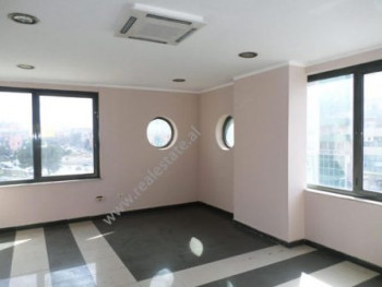 Office space for rent in Zogu i Zi Square in Tirana.