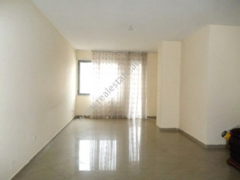 Apartment for rent close to Zogu i Zi area in Tirana. The apartment is situated on the fourth floor