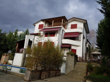 Villa for sale in Sauk area in Tirana. It is situated on a hill with a beautiful view and surrounde