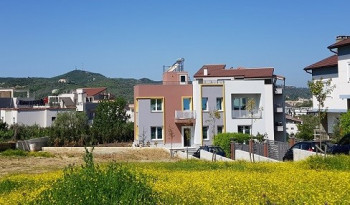 Two storey villa for rent in Lunder area, very close to TEG shopping center in Tirana. The villa ha