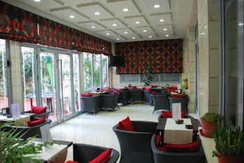 Hotel and restaurant for sale in the center of Tirana.
