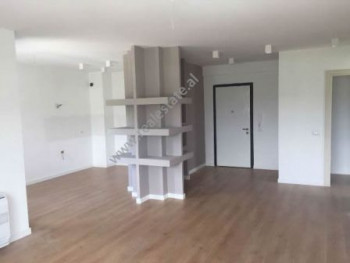 One bedroom apartment close to TEG shopping center in Tirana. The apartment is situated on the seco