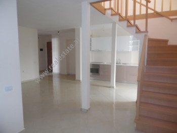 Duplex apartment for rent close to Bilal SIna street in Tirana. The apartment is situated on the fi