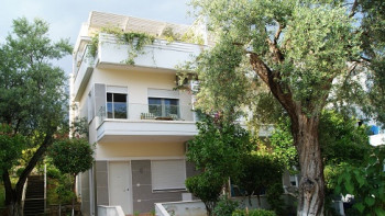 Villa for sale in Dhermi, very close to the beach area, only 70 m away. A new construction complex