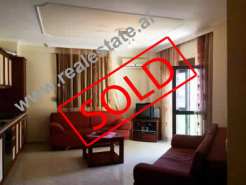 Apartment for sale in Shkembi i Kavajes area. The apartment is situated on the 4-th floor in a build