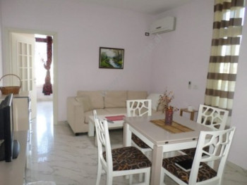 One bedroom apartment for rent close to the Globe center in Tirana. The apartment is situated on th