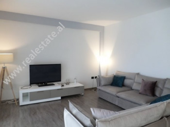 Apartament 2+1 me qera ne rrugen Sami Frasheri, ne Kompleksin Nobis ne Tirane.  Banesa pozicionohe