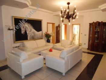 Apartament 3+1 me qera prane ne rrugen Pjeter Budi, prane Ambasades Suedeze ne Tirane. Ndodhe