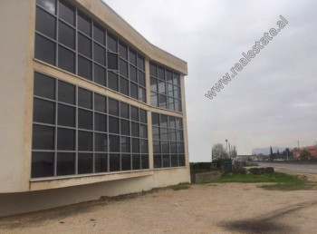 3-storey building for rent in Sukth area of  in Durres.