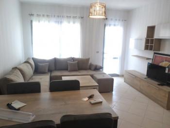 Apartament 2+1 ne sheshin Karl Topia ne Tirane. Ndodhet ne katin e 6-te te nje pallati te ri me 2 a