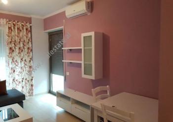 Apartament 1+1 per shitje te Kompleksi Diamond Hill ne Vlore. Ndodhet ne katin e 1-re te nje pallat