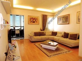 Apartament 2+1 me qera ne rrugen Themistokli Germenji ne Tirane. Ndodhet ne katin e 3-te te nje pal