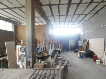 Warehouse for rent in Agon street in Tirana, Albania.  It is located on the ground floor of a thre