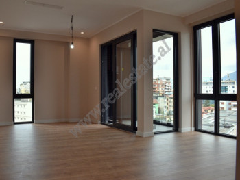 Office for rent near the entrance of the Great Park of Tirana.