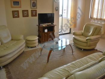 Apartament 2+1 me qera ne Fakultetit te Shkencave ne Tirane. Ndodhet ne katin e 9-te te nje pallati