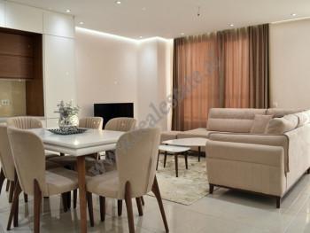 Apartament 2+1 me qera ne rrugen Beniamin Kruta ne Tirane Ndodhet ne katin e tete te nje pallati te