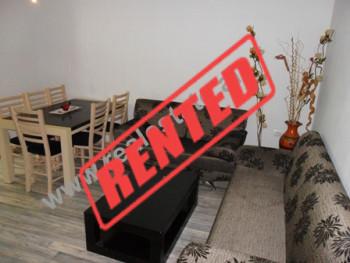 Apartament 2 + 1 me qera ne rrugen Ali Pashe Gucia.  Ai ndodhet ne katin e 2-te ne nje pallat ekzi