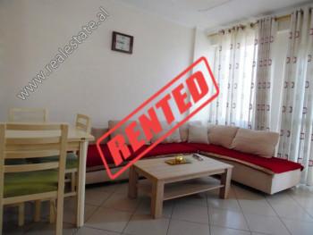 Apartament 2+1 me qera ne rrugen Muhedin Llagami ne Tirane.  Ndodhet ne katin e 7-te te nje pallat