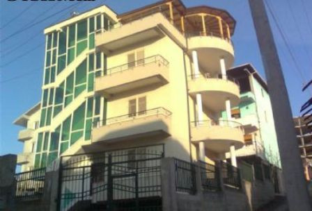 It`s a 4 storey house and yard. With 480 m2 construction area, 110 m2 each floor, 40 m2 garage, It i