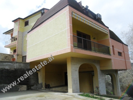 Three storey villa close to Wilson School in Tirana. With 1500m2 surface, it includes villa surround